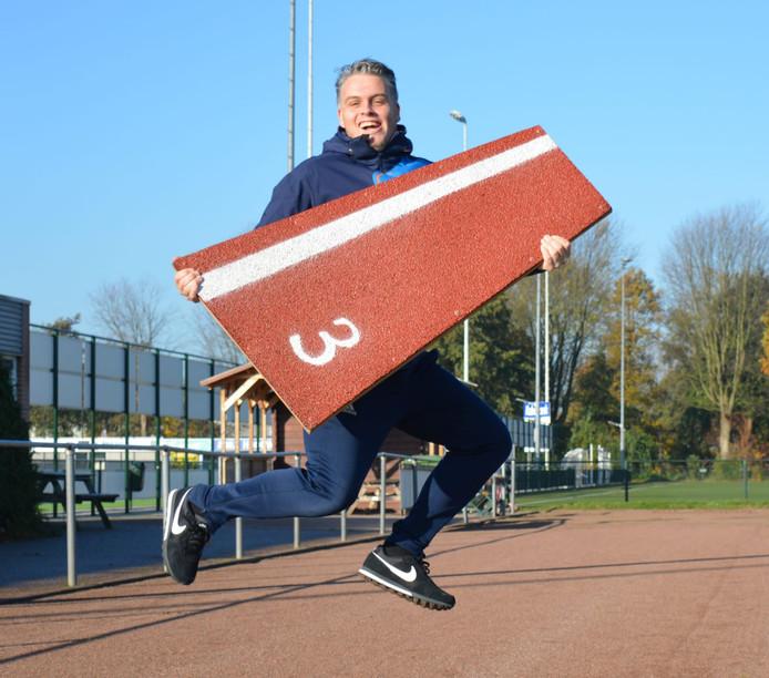 Matthijs Ferguson maakt zich hard voor een nieuwe sintelbaan bij Voorschoten'97.