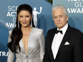 "Zo leerden Michael Douglas en Catherine Zeta-Jones elkaar kennen: ""Ik zag haar in 'The Mask of Zorro'"""