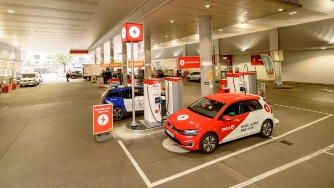 Dit land verkoopt in april mogelijk de laatste niet-elektrische auto: eerder dan doelstelling voor 2025