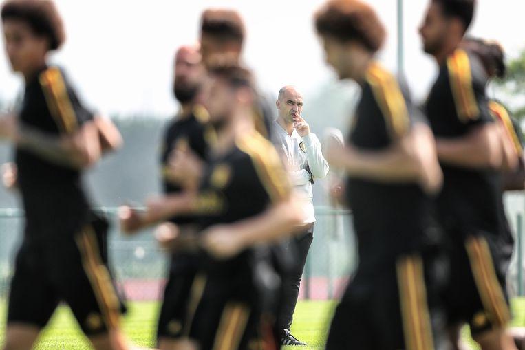 Roberto Martinez en de Rode Duivels tijdens een training. Beeld Belga