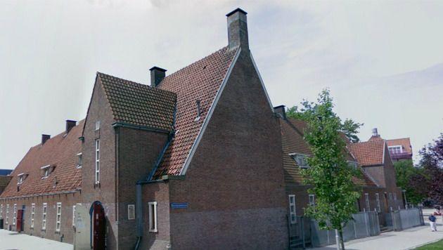 Het internaat aan de Polderstraat in Rotterdam