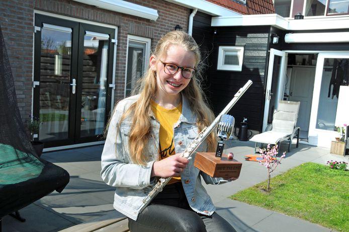 Julia Dorst won de wedstrijd Het Talent van Schouwen-Duiveland 2021.
