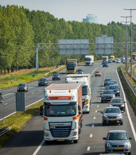 Transportsector woest over plan om kwart rustplekken langs A28 te schrappen: 'Zijn ze achterlijk geworden?'