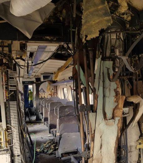 Zo ziet de ravage eruit na de explosie in treinstel Nijmegen