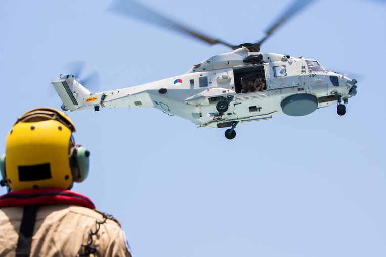 Het Nederlandse leger heeft twaalf NH90's van het type dat is toegerust voor maritieme taken. Beeld