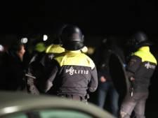 Opnieuw vuurwerk en branden in Roosendaal ondanks samenscholingsverbod, meerdere politiebussen bekogeld met stenen