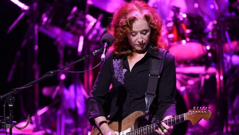 Bonnie Raitt speelde op 2 juli ook op het Jazz Festival in Wenen, Oostenrijk. Beeld EPA