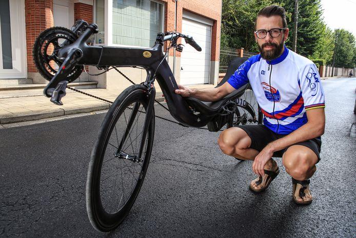 Stijn Van De Maele is voor de vijfde maal wereldkampioen ligfietsen.