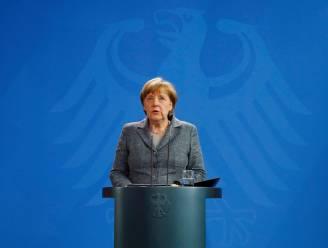 Toegevingen aan Erdogan tasten populariteit van Angela Merkel aan
