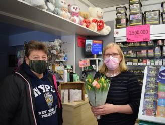 """""""Bankautomaat, postpunt, kranten- en bloemenwinkel, luisterend oor… niets is Patricia te veel"""": klanten zetten winkeluitbaatster in de bloemetjes"""
