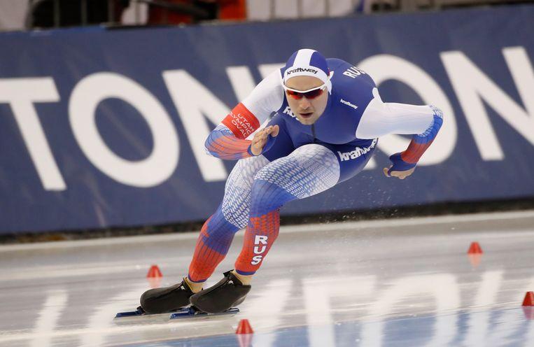 Koelizjnikov op weg naar zijn eerste plaats op de 1.000 meter.  Beeld EPA