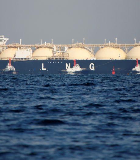 Van het gas af is een brug te ver en niet nodig; de rest van de wereld omarmt het juist