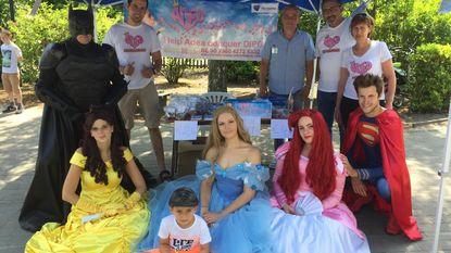 Basisschool Stadspark steunt zieke Adea (5) met tuinfeest