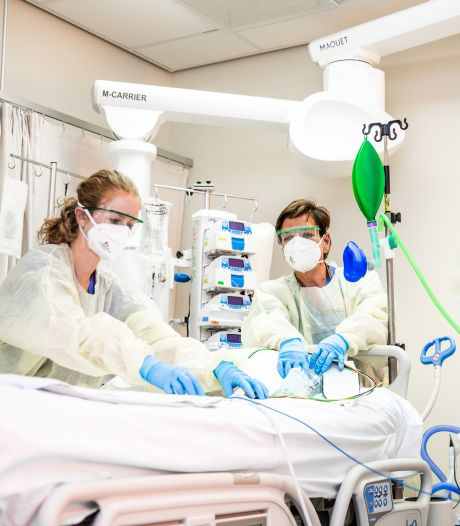 Albert Schweitzer ziekenhuis bomvol: 'Versoepelingen lastig uit te leggen aan het personeel'