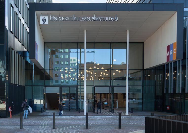 De Universiteit van Amsterdam (UvA) staat dit jaar op plaats 55 . Beeld Nina Schollaardt