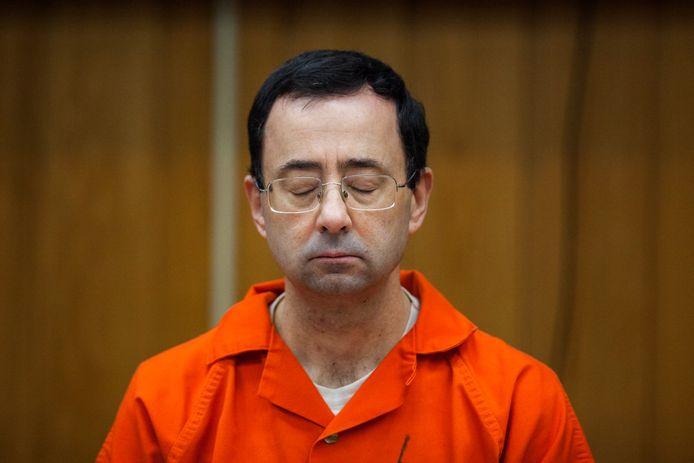 Voormalig turnarts Larry Nassar bij zijn veroordeling in de rechtbank.