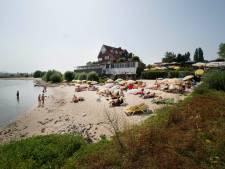 Uitbater strandbar De Sprok ziet geen toekomst meer, maar horecazaak mag niet plat voor appartementen