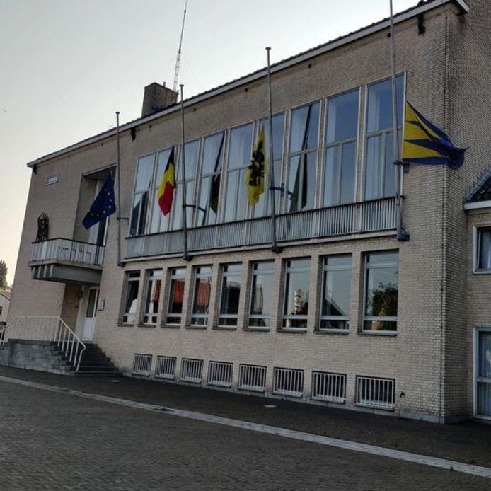 Het gemeentehuis van Ravels