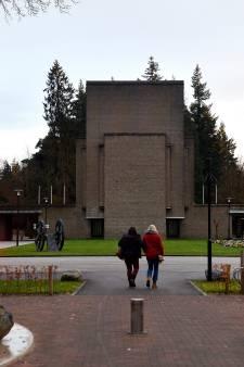 Ouders overleden kinderen eisen vertrek directeur Rusthof na gedogen seances om geesten op te roepen