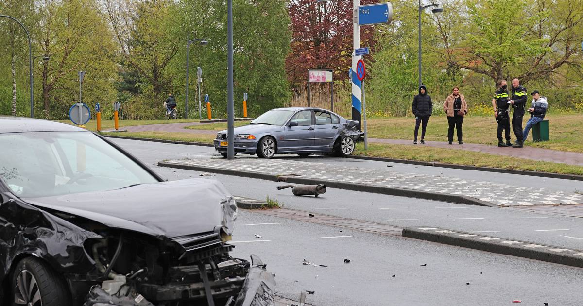 'Enorme klap' bij auto-ongeluk in Waalwijk.