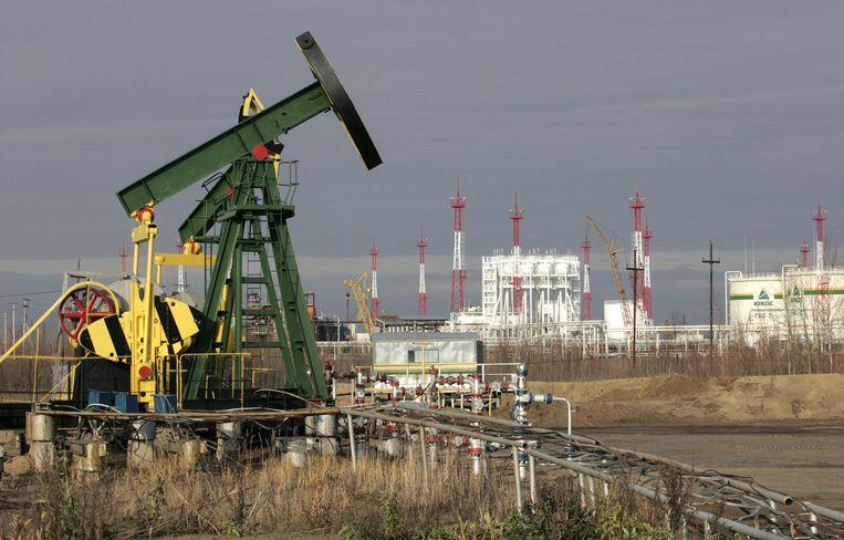 Een van de voormalige olievelden van het Russische oliebedrijf Yukos. Beeld afp