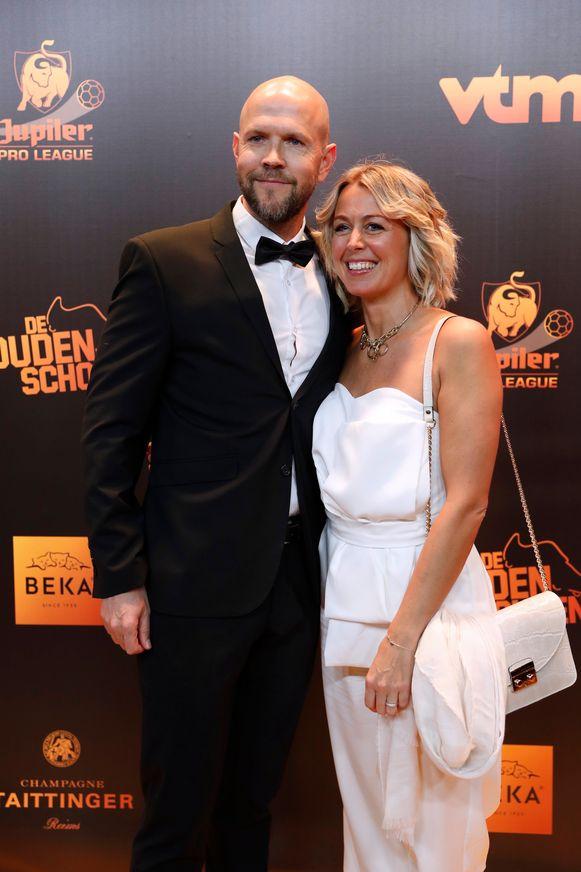 Gewezen doelman Mark Volders met zijn partner Caroline Van Espen.