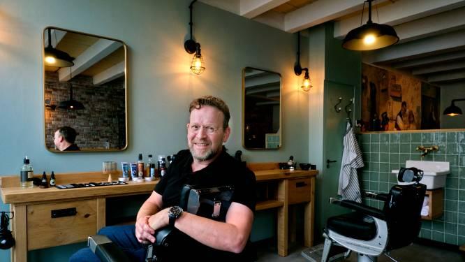 Familietraditie wordt alsnog voortgezet: Remco opent barbershop in Strijen
