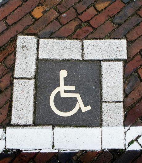 Illegale handel in Amsterdamse parkeerkaarten voor gehandicapten