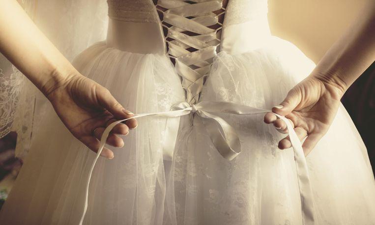 Terminaal zieke vrouw stapt in huwelijksbootje zonder bruidegom