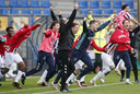 Het eindsignaal heeft geklonken bij Willem II - Fortuna Sittard. De Tilburgse club is verzekerd van een langer verblijf in de eredivisie en dat leidde tot een explosie van vreugde.
