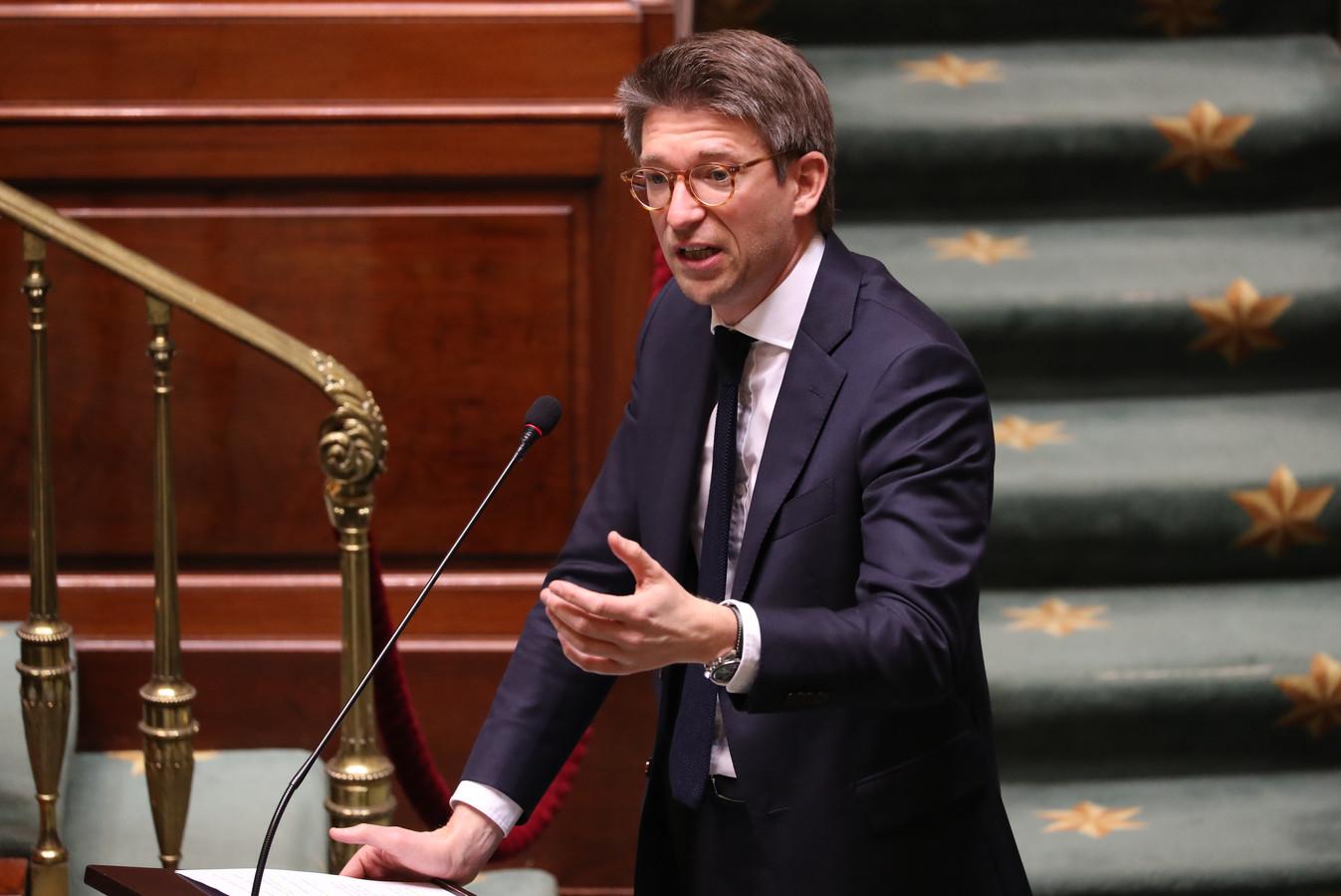 Minister van Werk, Pierre-Yves Dermagne (PS), stuurde de vakbonden en de werkgevers opnieuw naar de onderhandelingstafel.
