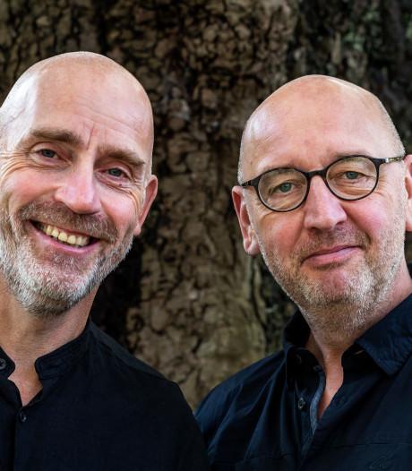 De hits Never Alone en Dreams werden door deze broers bedacht op een zolderkamertje in Zuilen