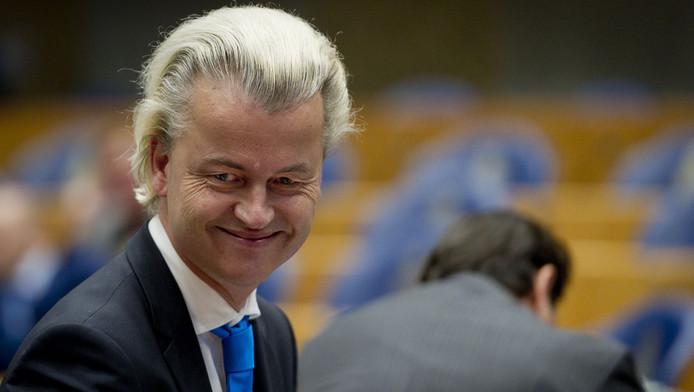 De PVV van Geert Wilders verliest na het vetrek van Hero Brinkman 4 zetels in de peiling van De Hond.