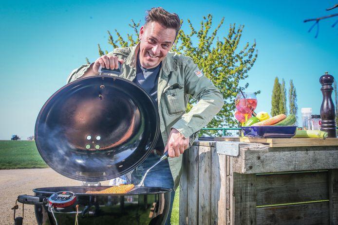 Steven Aerts geeft tien onmisbare barbecuetips.