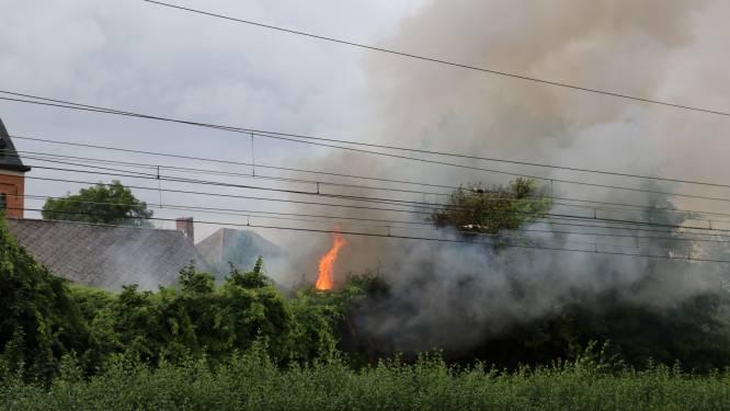 Tweede keer op jaar tijd brandstichting in leegstaand gebouw: Brandweer treft drie brandhaarden aan