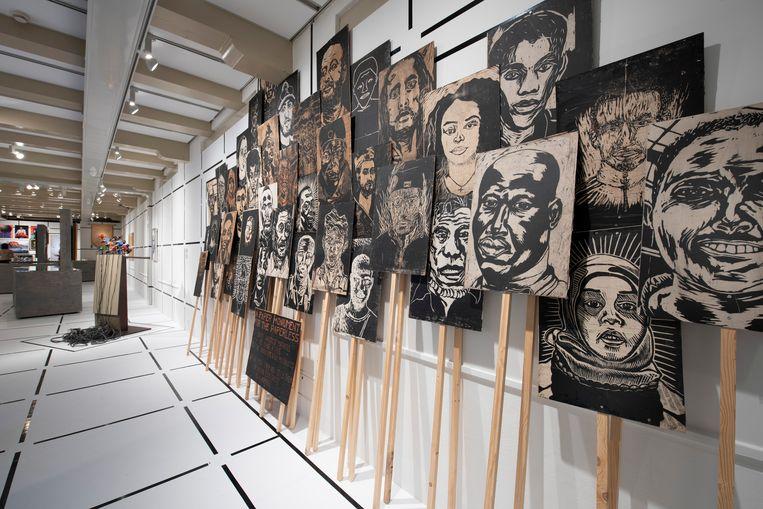 Portretten van gevluchte vrijdenkers door kunstenaar Domenique Himmelsbach.  Beeld AMSTERDAM MUSEUM