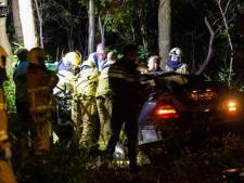 Heftig ongeval op A50: man ondergaat amputatie voordat hij uit auto gehaald kan worden