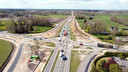 Kruispunt Driessen in Dalfsen. Met de onhandige aansluiting op de A28 bij Zwolle en de vertragende spoorwegovergang halverwege behoort het verkeerspunt tot 'de grote drie' als het gaat om knelpunten op de N340. Na de werkzaamheden zijn er meer opstelstroken, maar de verkeerslichten blijven. Inwoners van Dalfsen hadden liever een superrotonde of ongelijkvloerse kruisingen gezien en zijn bang straks opnieuw in de wachtrij te moeten staan.