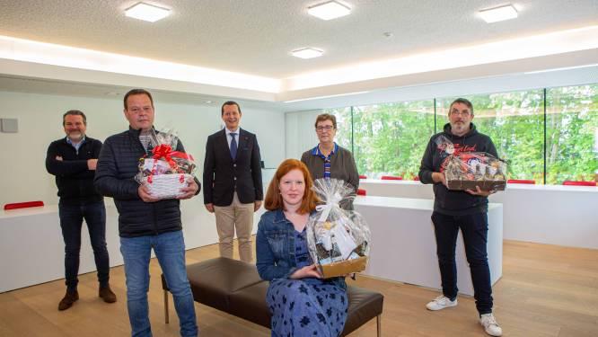 """Gemeente schenkt 300 Affligemse ondernemers een biermand: """"In plaats van weggevallen nieuwjaarsreceptie"""""""