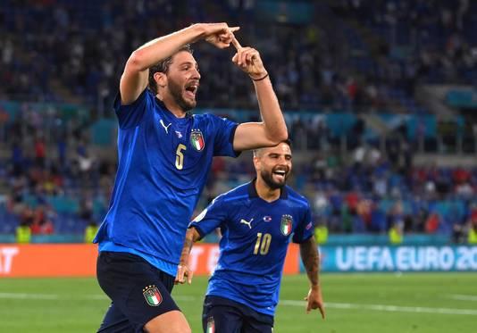 Manuel Locatelli viert zijn goal.