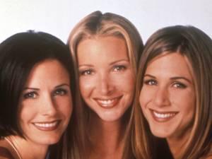 """""""Je me sentais énorme"""": Lisa Kudrow se confie sur ses complexes dans """"Friends"""""""