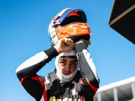 'Veekay' pakt na spectaculaire race derde podiumplek in IndyCar-carrière