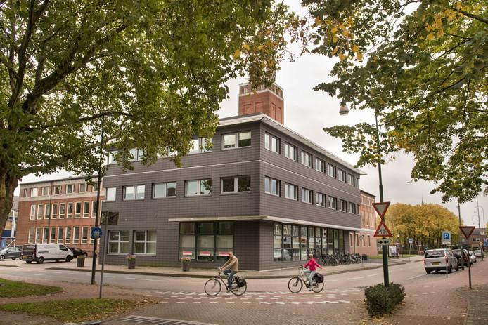 Nu hebben fietsers nog voorrang op de kruisingen bij het Raadhuisplein in Rijen. Maar dat gaat veranderen, als het aan de gemeente Rijen ligt. Deze week kreeg de gemeente steun van de rechter, tot teleurstelling van de Fietsersbond.
