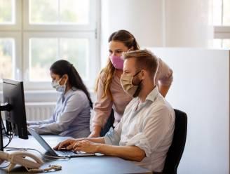 Zes op tien bedrijven willen werknemers meer dan de helft van de tijd op kantoor