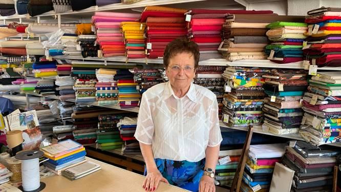 """Lena Goeman (86) van mode- en stoffenwinkel houdt uitverkoop: """"Je kan niet verder blijven doen"""""""