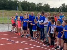 Gerenoveerde atletiekbaan Oudenbosch: 'Loopt lekker'