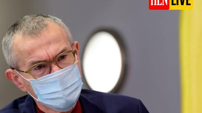Vandenbroucke laat eventuele wijziging vaccinatieschema onderzoeken - Nabestaanden van slachtoffer in woonzorgcentrum Mol dienen klacht in