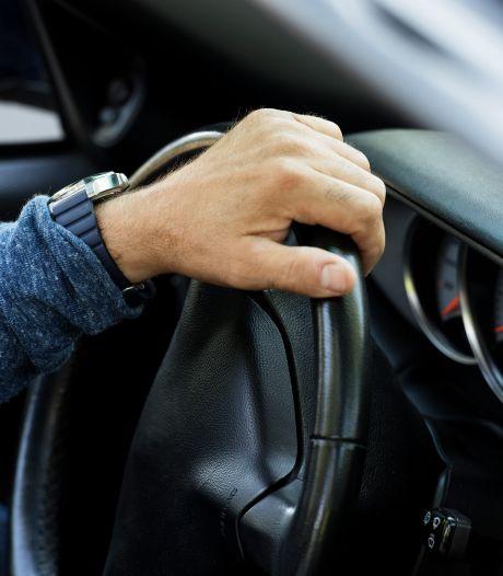 Hogere straf voor slapende automobilist uit Almelo die frontaal op tegenligger botste in Harbrinkhoek