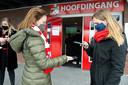 Supporters voor de Eredivisie wedstrijd tussen FC Emmen en Heracles Almelo: vorige week kon het wel, dit weekend niet.