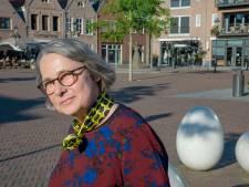 Henriëtte Hofman nieuwe stadsdichter van gemeente Nijkerk: 'Dichten ervaar ik als een ambacht'